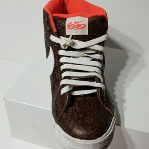 Nike Shoes - Nike shoes (Authentic )